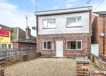 Thumbnail 3 bed flat for sale in Russell Road, Newbury