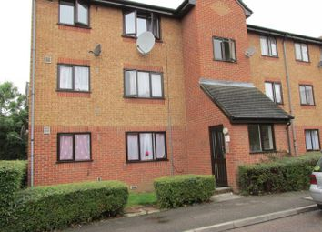 Thumbnail 2 bedroom detached house to rent in Streamside Close, London