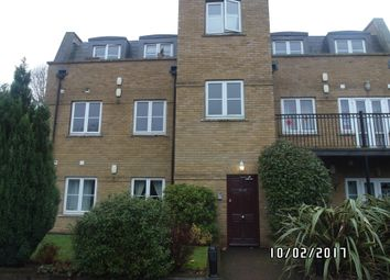 Thumbnail 2 bed flat to rent in Fontain Court, Southgate