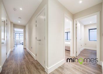 2 bed flat to rent in London Road, Enfield EN2