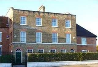 Thumbnail Serviced office to let in Queens House, Watford