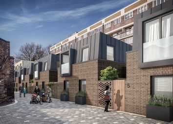 Thumbnail 2 bedroom mews house for sale in Ockenden Road, Islington