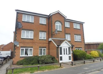 Thumbnail 2 bed flat for sale in Dunraven Avenue, Luton