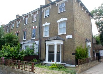 3 bed maisonette to rent in Amhurst Road, London N16