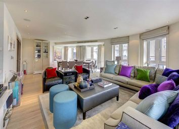 Thumbnail 5 bed flat for sale in Park Street, London