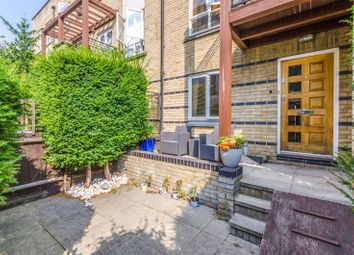 St Davids Square, Isle Of Dogs, London E14. 4 bed property