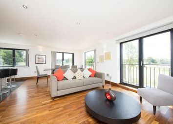 Thumbnail 3 bed flat to rent in Grafton Square, Clapham Old Town, London