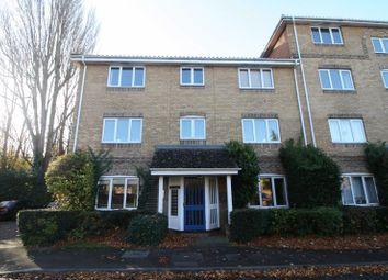 Thumbnail 2 bed flat to rent in Kingfisher Drive, Hemel Hempstead