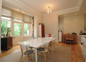 Thumbnail 3 bedroom flat to rent in Lindfield Gardens, Hampstead