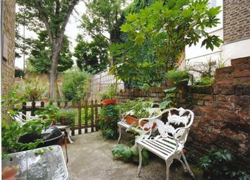 Thumbnail 1 bed flat to rent in Empress Place, London