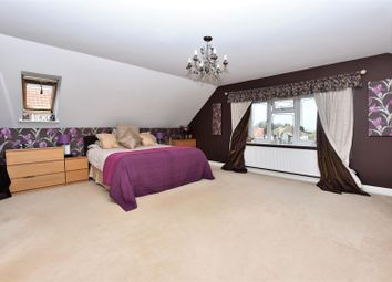 Thumbnail 5 bed detached house for sale in Hedge Place Road, Greenhithe