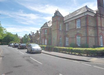2 bed flat for sale in Banting Drive, London N21