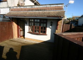 Thumbnail 1 bed flat to rent in Derlwyn, Dunvant, Swansea