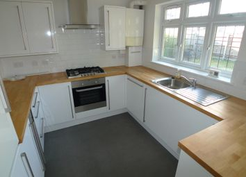 Thumbnail 2 bed flat to rent in Old Farm Road West, Sidcup