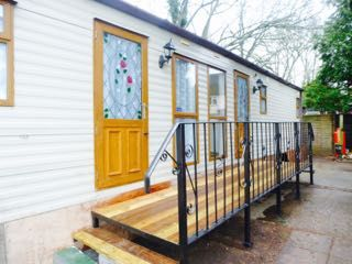 Thumbnail 2 bedroom mobile/park home to rent in Holtye Road, East Grinstead