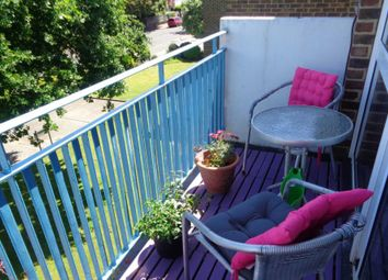 Thumbnail 2 bedroom flat for sale in Wallace Avenue, Worthing
