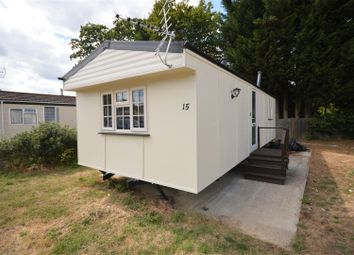 Thumbnail 1 bed mobile/park home for sale in Meadow Close, Bricket Wood, St.Albans