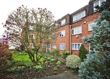 Thumbnail 2 bedroom flat to rent in Kings Head Court, Sawbridgeworth, Herts