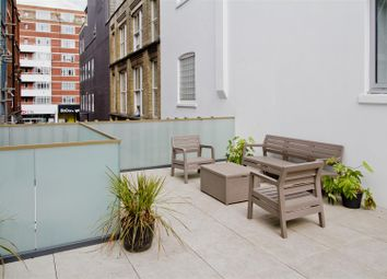 Thumbnail 2 bed flat to rent in Midford Place, London