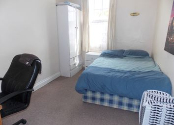 Thumbnail 3 bed flat to rent in Christchurch Road, Reading