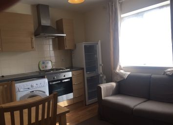 Thumbnail 1 bed flat to rent in Cippenham Lane, Cippenham, Berkshire