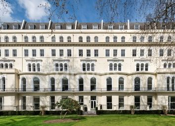 Thumbnail 3 bed flat to rent in Garden House, Kensington Gardens Square, Bayswater