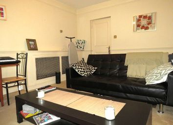 Thumbnail 1 bedroom flat to rent in Burnham Street, Bethnal Green