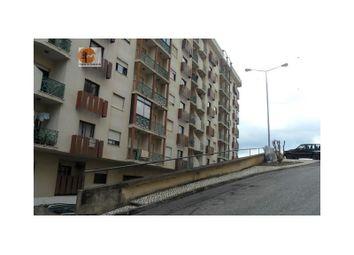 Thumbnail Parking/garage for sale in Queluz E Belas, Queluz E Belas, Sintra