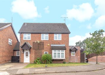 Newland Close, Pinner, Middlesex HA5. 4 bed detached house