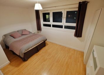 Manor Park Rd, London E12. 3 bed flat