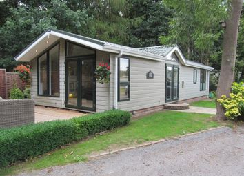 Thumbnail 2 bed mobile/park home for sale in Friars Priory Leisure Park, Nacton, Suffolk, 0Jt