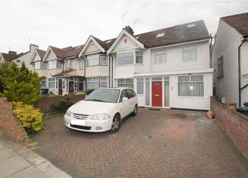 Thumbnail 5 bed property to rent in Renters Avenue, Hendon, London