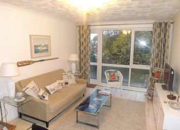 2 bed flat to rent in Kent Road, Southsea PO5