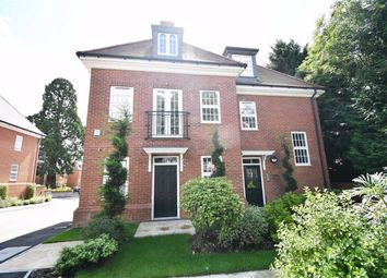 Thumbnail 3 bed flat for sale in Barnet Road, Arkley, Hertfordshire