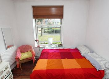 Thumbnail Room to rent in Milstead House, Pembury Rd., Clapton
