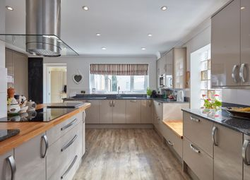 Thumbnail 5 bed detached house for sale in Manor Park, Histon, Cambridge