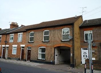 Thumbnail 1 bed maisonette to rent in Russell Street, Luton, Beds
