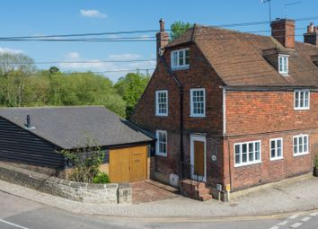 Thumbnail 4 bed cottage for sale in High Street, Yalding