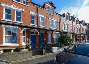 Well Close Terrace, Whitby YO21. 5 bed terraced house for sale