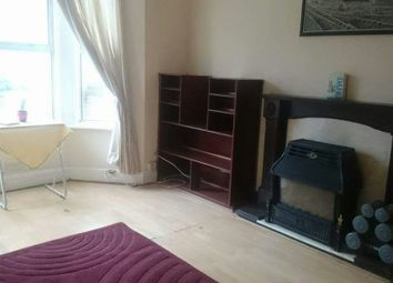 Thumbnail Room to rent in Albert Road, South Norwood, London