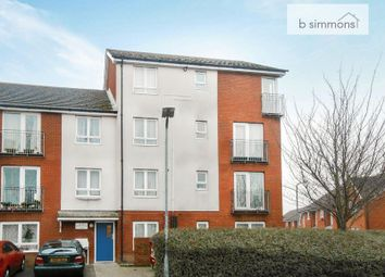 Thumbnail Flat to rent in Longwood Avenue, Langley, Slough