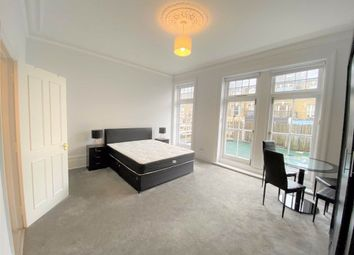 Thumbnail Studio to rent in Fortess Road, Tufnell Park, London