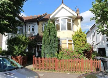 Thumbnail Flat to rent in Douglas Road, London