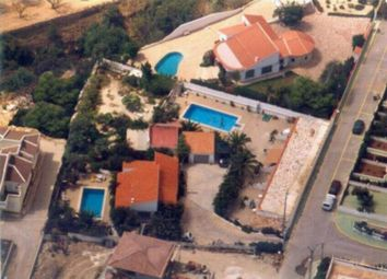 Thumbnail 10 bed chalet for sale in Calp, Alicante, Spain