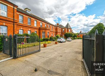 Kensington House, Richmond Drive, Repton Park IG8. 2 bed flat for sale