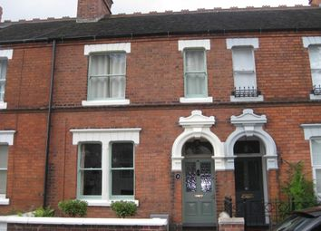 Thumbnail 3 bed property to rent in Kings Avenue, Stone