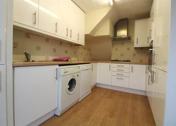 Thumbnail 5 bedroom property to rent in Chatsworth Close, Maidenhead