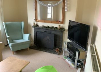 3 bed flat to rent in The Retreat, Broad Street, Penryn TR10