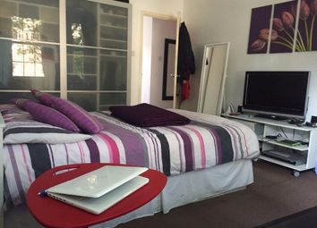 Thumbnail 2 bed flat to rent in Gower Road, London
