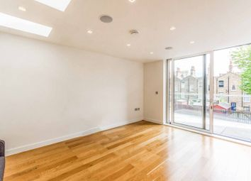 Thumbnail 4 bedroom property to rent in Taplow Street, Islington, London